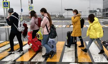 Роспотребнадзор предложил ужесточить правила возвращения россиян из-за границы