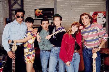 Как изменились звезды «Элен и ребята» спустя 29 лет