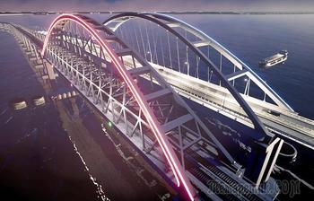 Керченский мост будет подсвечен цветами российского флага