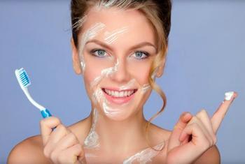 11 безобидных привычек, способных испортить кожу и украсть красоту