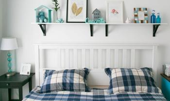 Спальня с синими акцентами