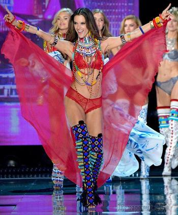 Все топ-модели мира: показ Victoria's Secret в Шанхае