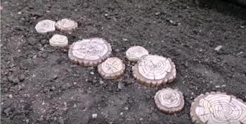 Плитка для садовой дорожки без форм и лишних затрат