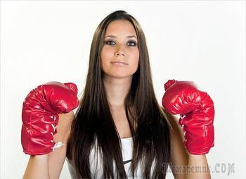 7 средств самообороны, о которых должна знать каждая женщина
