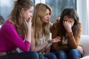 14 привычек, которые делают людей несчастными, и легкие способы пересмотреть отношение к ним