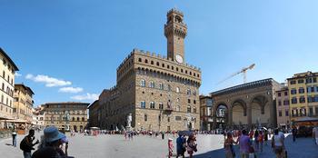Самые красивые площади Италии: 5 мест, которые привлекают толпы туристов