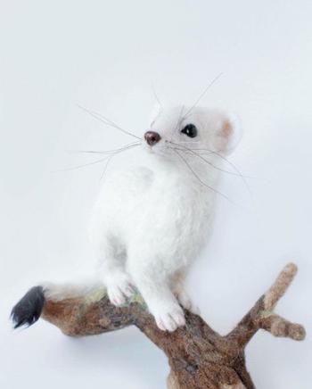 Скульптуры животных из войлока