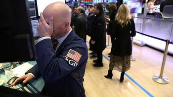 Встречный удар: китайские пошлины обвалили фондовый рынок США