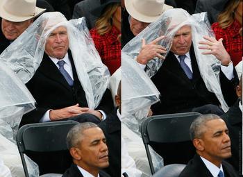 Схватка Буша с дождевиком насмешила пользователей соцсетей