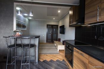 Поменяли местами кухню и спальню