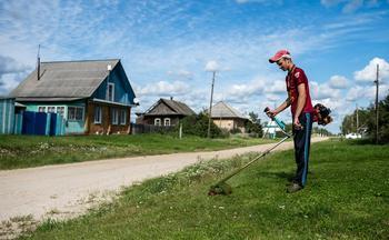 Российские чиновники предложили изымать земли за мусор и нескошенную траву
