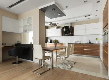 Большая квартира со строгим интерьером в «Парадном квартале»
