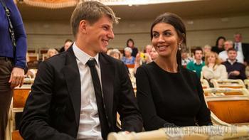 Жена выставила Аршавина на трансфер