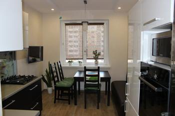Кухня: с функциями столовой и гостиной