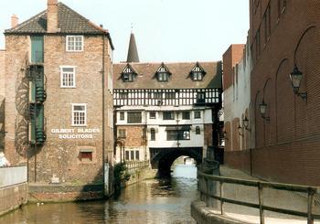 Высокий мост в Линкольне: один из старейших средневековых мостов Англии