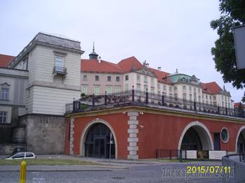 Польша – тернистый путь от Речи Посполитой до успешного государства. Часть 1. Варшава - столица, восставшая из пепла
