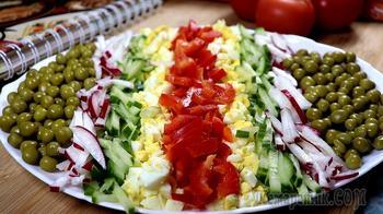 Овощной салат на праздничный стол