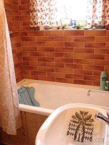 Ванная комната: кантри в деревянном доме