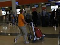 ТВ-пропаганда бессильна против молодежи: больше половины россиян до 24 лет хотят переехать за границу - это десятилетний максимум