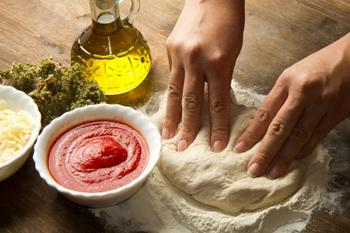 6 секретов идеальной пиццы и 4 рецепта вкуснющей начинки