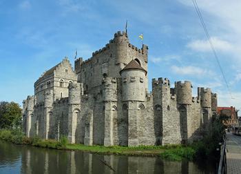 Замки Бельгии: 10 самых впечатляющих древних сооружений