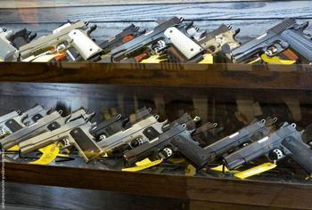 Спортивный мелкокалиберный пистолет: описание, характеристики, разрешение и отзывы