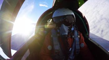 Опубликовано видео полета истребителей МиГ-31 в ближнем космосе