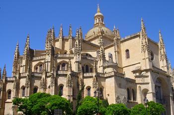Замок Алькасар в Севилье