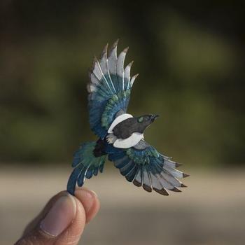 Миниатюрные бумажные птицы
