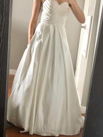 Невесты, которые купили свадебные платья по дешёвке, и они именно такие, как те хотели