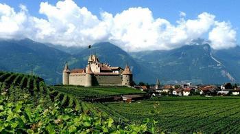 Живописные средневековые замки Швейцарии