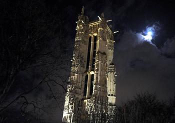 Загадочный призрак башни Сен-Жак