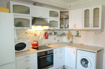 Кухня удобная, практичная и ласкающая взор жены. Михаил Туренин