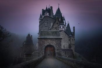 16 мистических историй, от прочтения которых в жилах стынет кровь