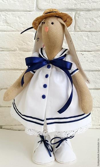 Платье-матроска для куклы: мастер-класс
