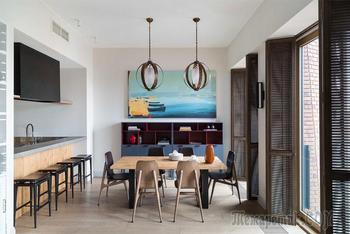 Современная квартира с яркими акцентами в Москве (90 кв. м)