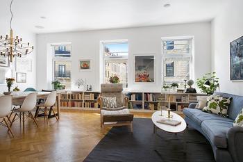 Утонченная скандинавская квартира, вдохновляющая на творческие идеи для украшения дома