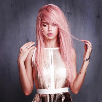 Клубничный блонд — таинственность и загадочность снова в моде