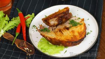 Свиной окорок в соево-медовом соусе в духовке