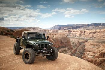 Jeep – мускулистый проходимец с двигателем от Корветта