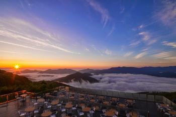 Терраса Ункай – смотровая площадка над облаками, Япония