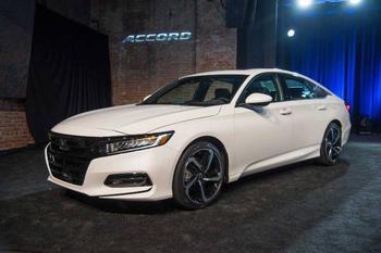 Назван автомобиль, который автоэксперты признали «лучшим выбором 2018 года»