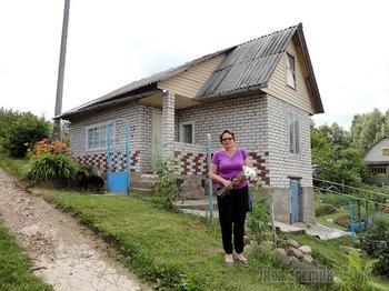 Дачная переделка: дом, где в зале крыша вместо потолка