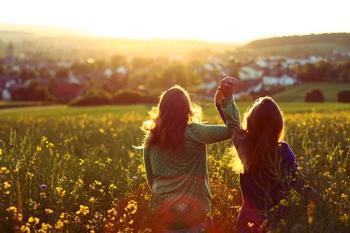 Идеальные друзья по гороскопу: 6 знаков Зодиака которые поддержат в любой ситуации