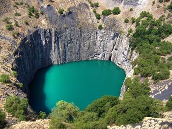Врата в преисподнюю: десять самых впечатляющих дыр в планете, которые человек создал своими руками