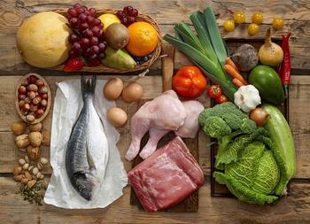 8 советов от экспертов по питанию, которые раз и навсегда научат есть здоровую пищу (И никаких страданий)