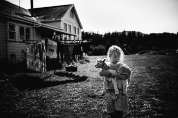Алис Миллер: То, что заложено в детстве, во взрослой жизни определяет наши поступки