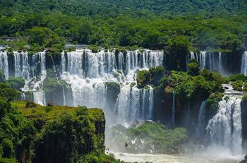 Водопады Игуасу: величественное чудо Южной Америки