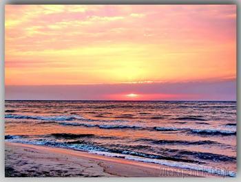 Вспоминая море-лето...