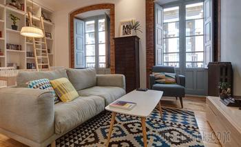 Яркий лофт с элементами скандинавского стиля на 70 м² в Испании